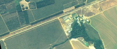 Imagem Kompsat 3A modo PSM, cores naturais, de  40 cm de resolução de uma área rural, escala 1:10.00