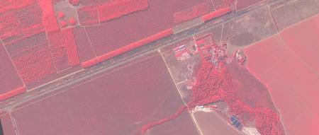 Imagem Kompsat 3A modo PSM, cores falsas, de  40 cm de resolução de uma área rural, escala 1:10.00