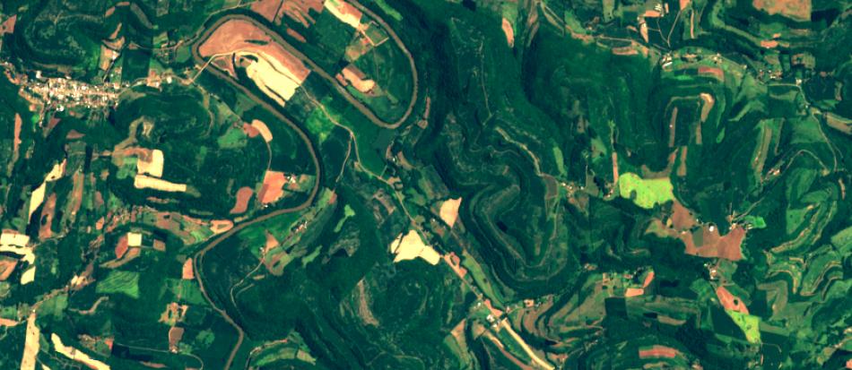 Imagem Sentinel-2 sobre área agrícola de SC,  10 m de resolução, cores naturais
