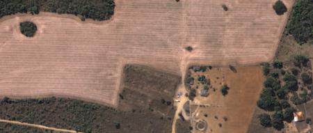 Imagem Kompsat 3A modo PSM, cores naturais, de  40 cm de resolução de uma área rural, escala 1:2.000