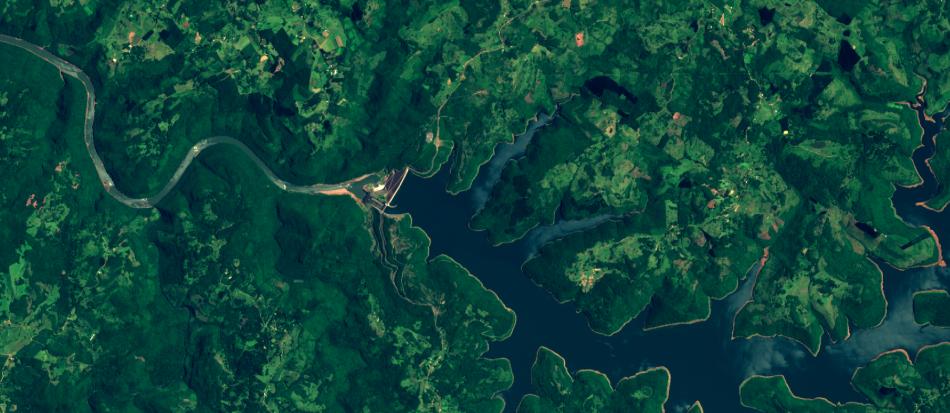 Imagem Sentinel-2 sobre uma barragem em SC,  10 m de resolução, cores naturais