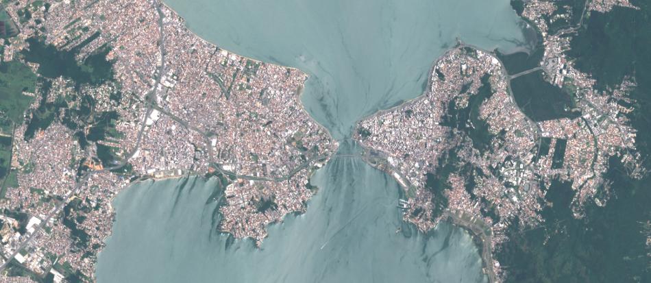 Imagem Sentinel-2 sobre Florianópolis - SC , 1:100.000, 10 m de resolução, cores naturais