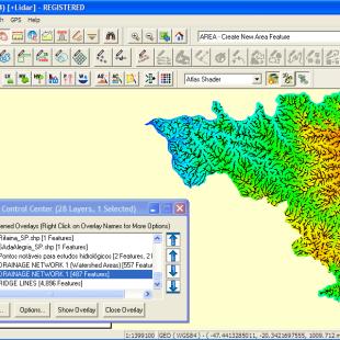 Delimitação automática das linhas de crista (topo de morro) pelo Global Mapper, a partir da altimetria