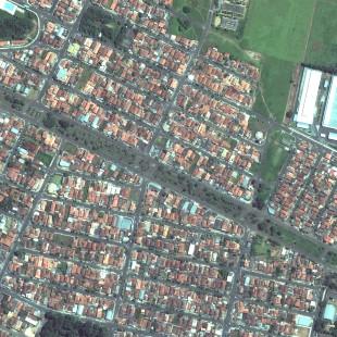 WV2 PSM de 0,50 m colorido de aea urbana de Matão, SP