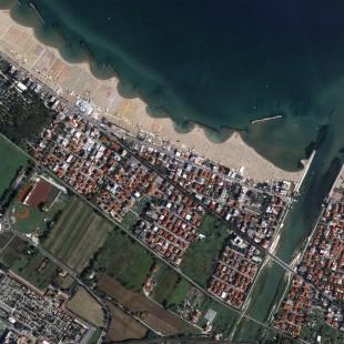 Rimini, Italia, imageada pelo Triplesat em 29 de agosto de 2015