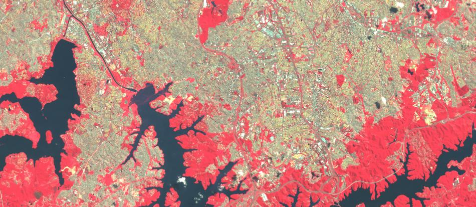 Imagem Sentinel-2 sobre o sul da cidade de São Paulo , 1:100.000, 10 m de resolução, cores falsas