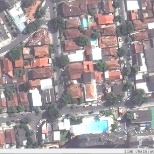 World View 3 reamostrado a 50 cm. Compare com a imagem do lado.